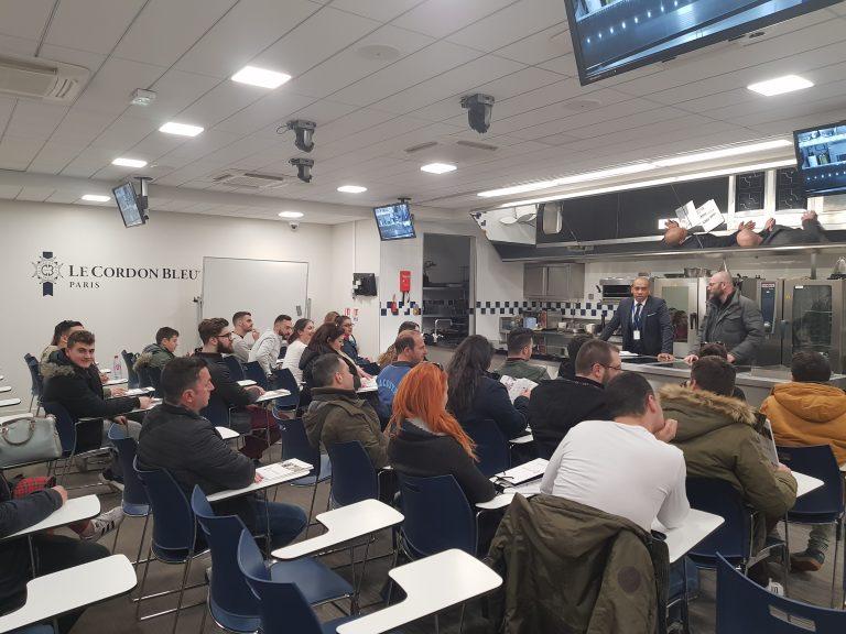Το ΙΕΚ MBS Ταξίδεψε με τους Μαθητές του στο Μαγευτικό Παρίσι 12