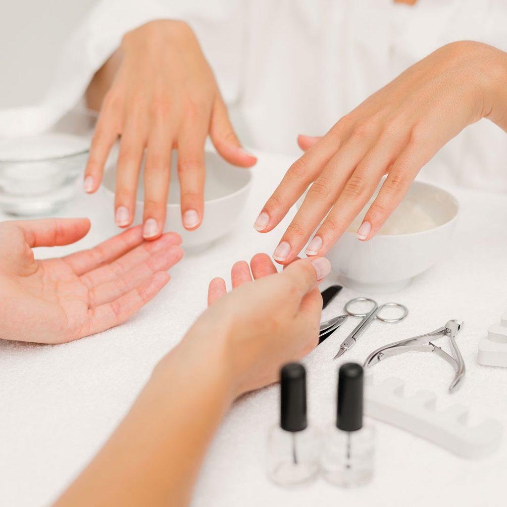 Σπουδές Ονυχοπλαστικής – Manicure, Pedicure